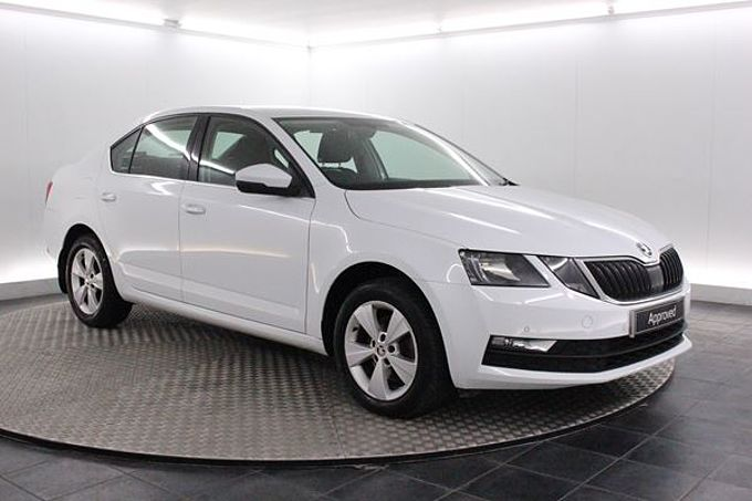 SKODA OCTAVIA 1.5 TSi SE Technology Manual